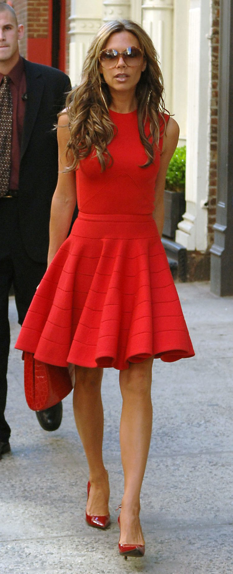 THE RED ANATOMY: A detailed anaylsis of how to wear ...
