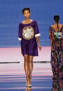 Deep purple cuffed shift dress with hand beaded motif (Rahma, Somalia)