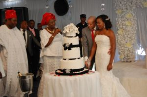 lola-abiodun-tosin-ashafa-wedding-bella-naija621