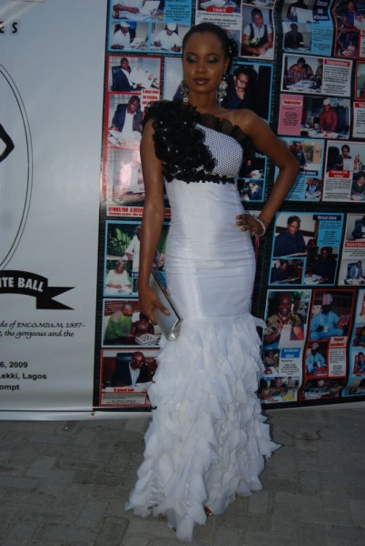 Omowunmi at the Ecomium Black & White Ball in MAI