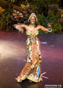 Nelsa Alves - Angola - National Costume