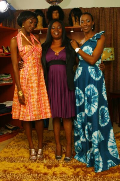 Lizzy poses with StyleME hosts