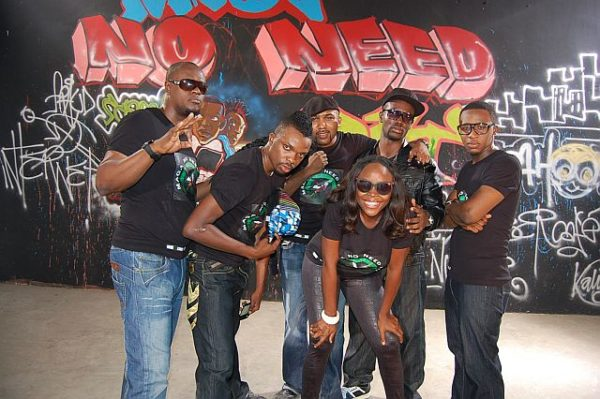 Cobhams, Omawumi, Modele, Banky W, Bez, Rooftop MCs, Wordsmith and MI - Maga No Need Pay