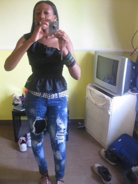 Top: Forever 21; Jeans: Bare feet