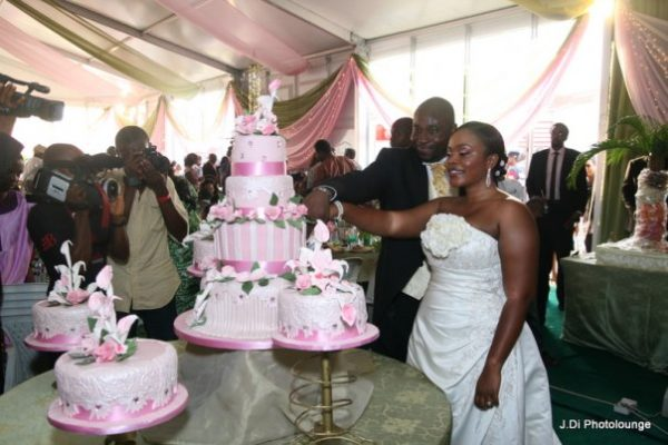 Moradeke and Seun Ogunbiyi White Wedding BellaNaija0005