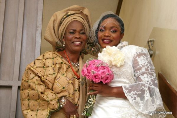 Moradeke and Seun Ogunbiyi White Wedding BellaNaija0007
