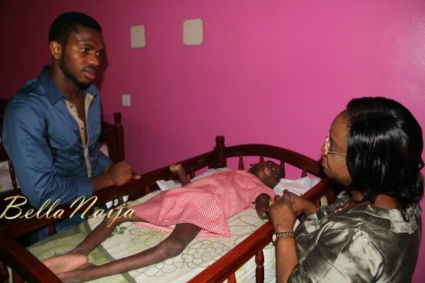 Joseph Yobo's Charitable Deeds - December  2012 - BellaNaija012