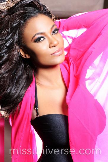 Nigeria 1 - Miss Universe 2012 - BellaNaija