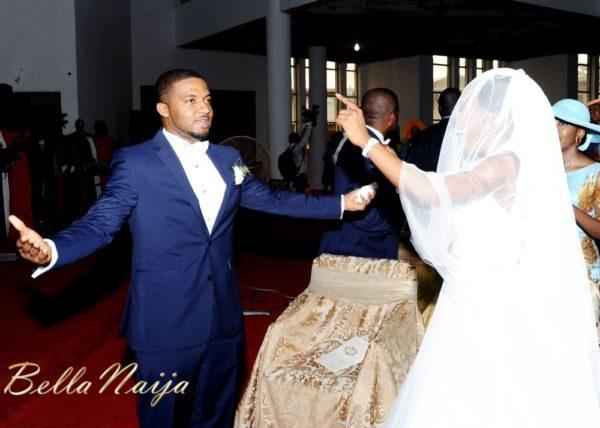 Tolu Odukoya & Olumide IjogunWhite Wedding Photonimi - December 2012 - BellaNaija463