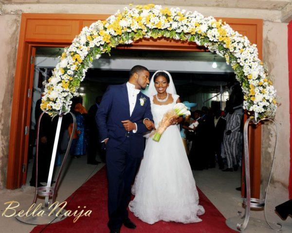 Tolu Odukoya & Olumide IjogunWhite Wedding Photonimi - December 2012 - BellaNaija946