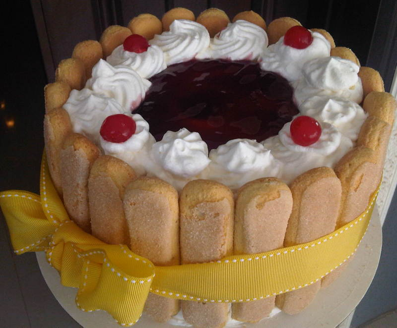 triple layer gateaux cake