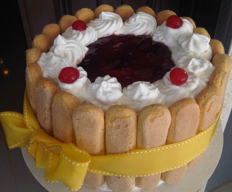 triple layer gateaux cake