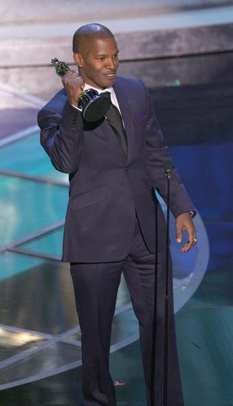 Jamie Foxx at the 2004 Oscars