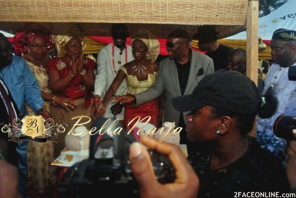 2Face Idibia & Annie Macaulay Traditional Wedding - BellaNaija - March 2013 - BellaNaija172