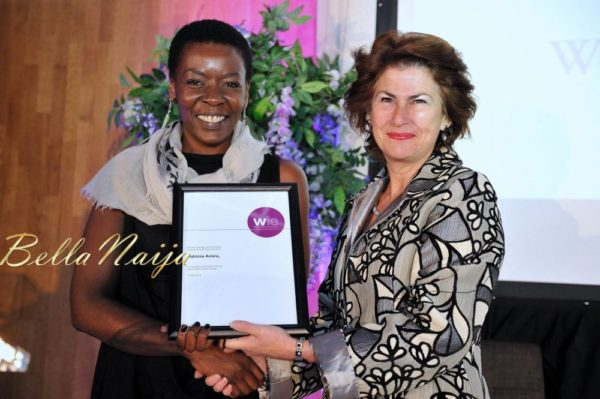 Patricia Amira receiving the WIE Media Award from Dame Nicola Brewer