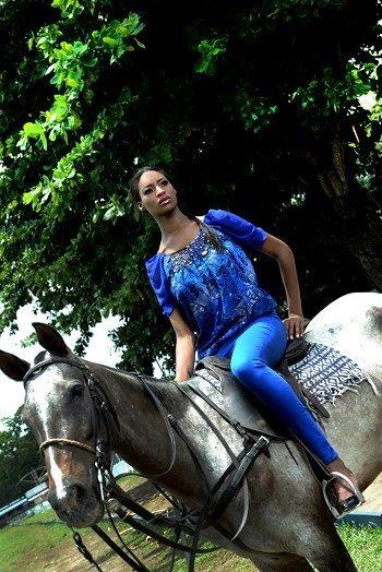 Needle Point Amina Collection Lookbook - BellaNaija - June20130012