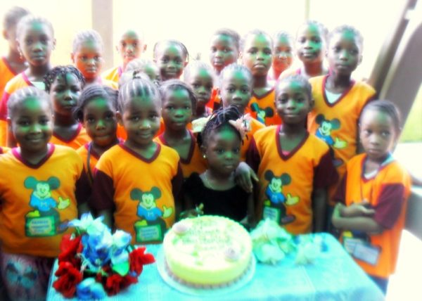 Sterling Bank Celebrates its 'I Can Save' Account Holders on Childrens Day - June 2013 - BellaNaija001