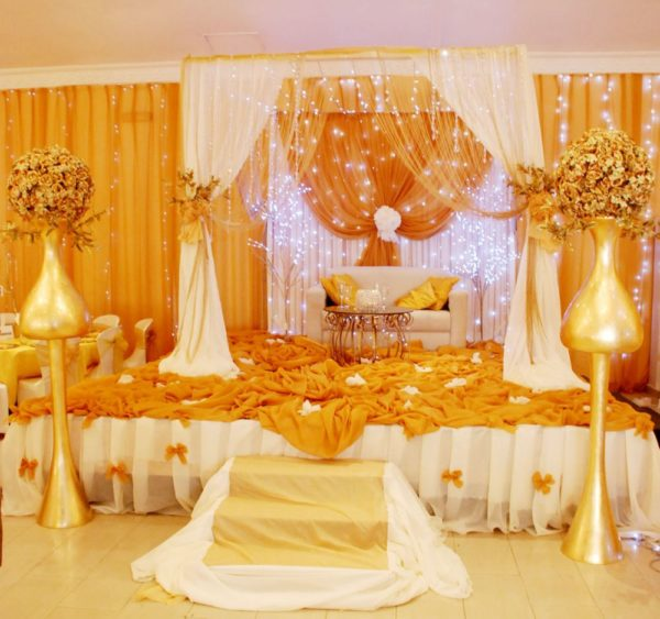 From floral arrangements to wedding backdrops and draping victoria roberts solutions june 2013 bellanaija018 junglespirit Gallery