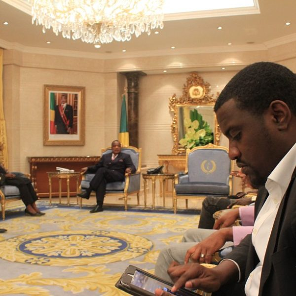 john-dumelo-meets-congo-president