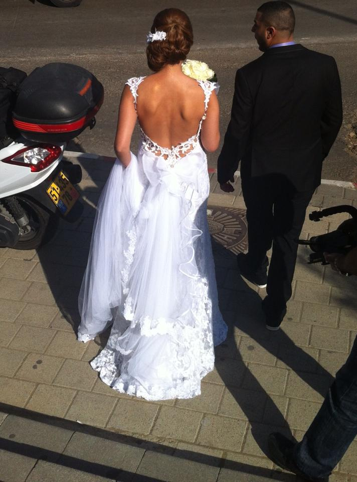 liana_haute_couture_2013_2014_bridal_collection_bellanaija_weddings_real_israeli_bride_back_backless