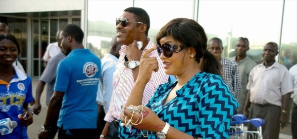 omotola-arrives-in-lagos-may-2013-bellanaija004-600x282