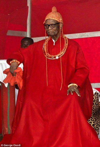 Oba Uku Akpolokpolo Erediauwa I - Oba of Benin Kingdom