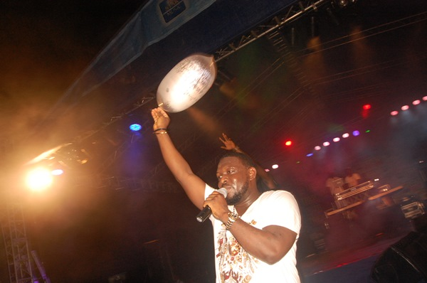 Timaya Star Trek (1)