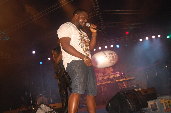 Timaya Star Trek (2)