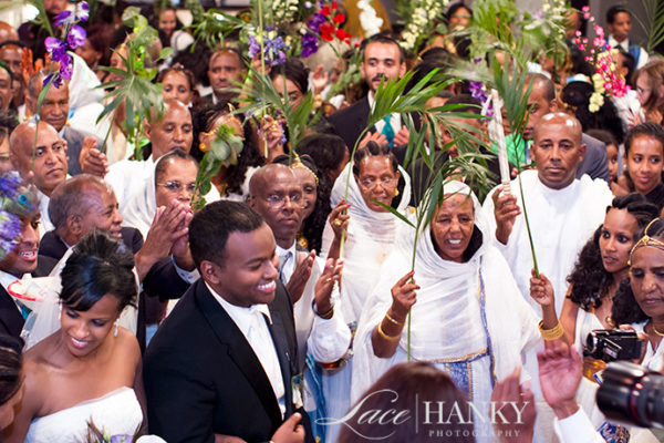 African_Wedding_LaceHanky_022