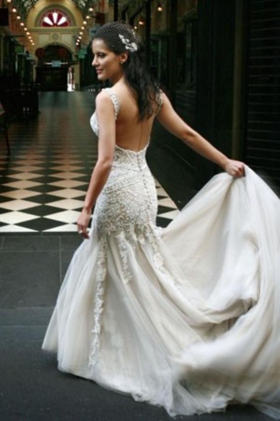 Jaton Wedding Gowns For : Dress j aton couture weddbook. Jaton ...