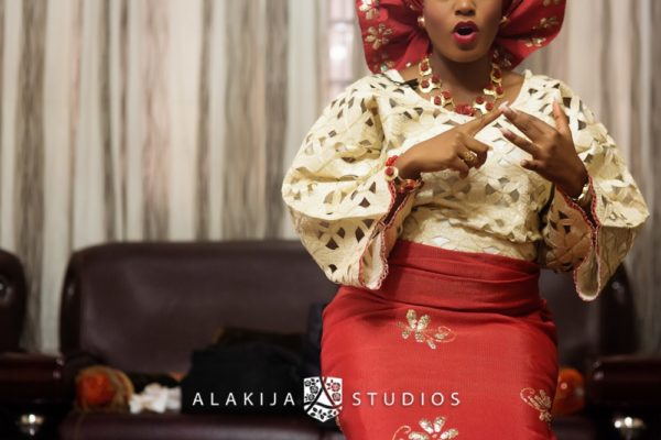 Abisoye_Lanre_Yoruba_Traditional_Engagement_Wedding_Jide_Alakija_Studios_Nigerian_BellaNaijaCM1_5083