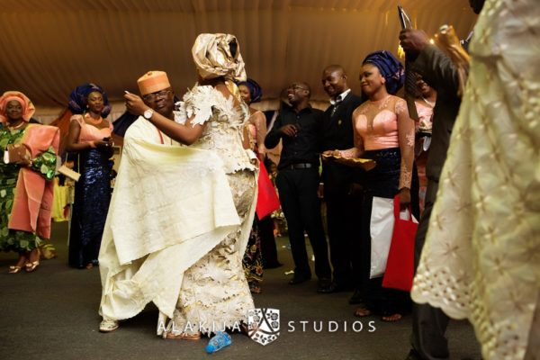Abisoye_Lanre_Yoruba_Traditional_Engagement_Wedding_Jide_Alakija_Studios_Nigerian_BellaNaijaCM1_5849