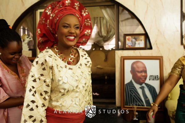 Abisoye_Lanre_Yoruba_Traditional_Engagement_Wedding_Jide_Alakija_Studios_Nigerian_BellaNaijaCM2_4406