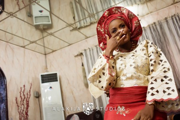 Abisoye_Lanre_Yoruba_Traditional_Engagement_Wedding_Jide_Alakija_Studios_Nigerian_BellaNaijaCM2_4513