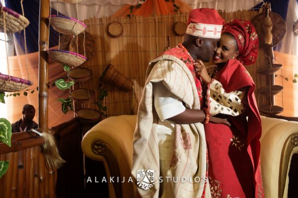 Abisoye_Lanre_Yoruba_Traditional_Engagement_Wedding_Jide_Alakija_Studios_Nigerian_BellaNaijaCM2_5305