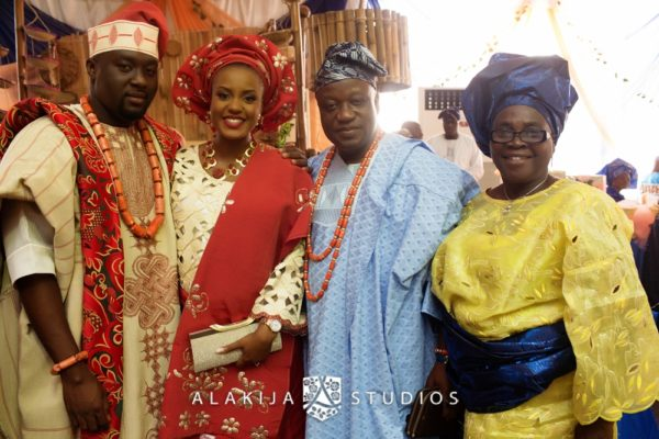 Abisoye_Lanre_Yoruba_Traditional_Engagement_Wedding_Jide_Alakija_Studios_Nigerian_BellaNaijaCM2_5322