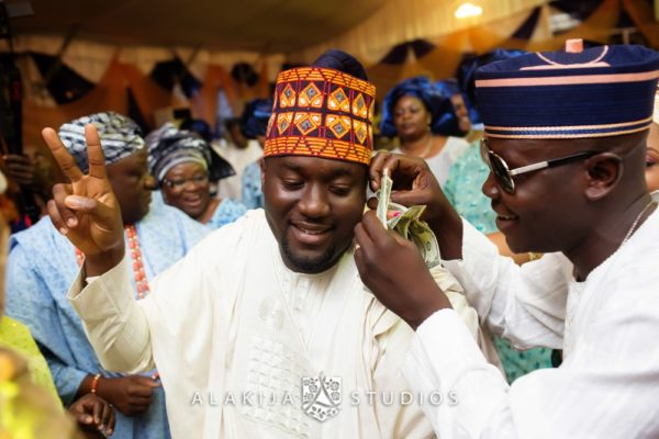 Abisoye_Lanre_Yoruba_Traditional_Engagement_Wedding_Jide_Alakija_Studios_Nigerian_BellaNaijaCM2_5518
