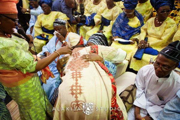Abisoye_Lanre_Yoruba_Traditional_Engagement_Wedding_Jide_Alakija_Studios_Nigerian_BellaNaijaIMG_6791