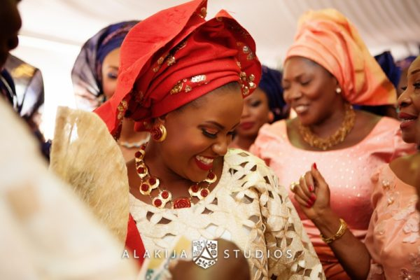 Abisoye_Lanre_Yoruba_Traditional_Engagement_Wedding_Jide_Alakija_Studios_Nigerian_BellaNaijaIMG_6884