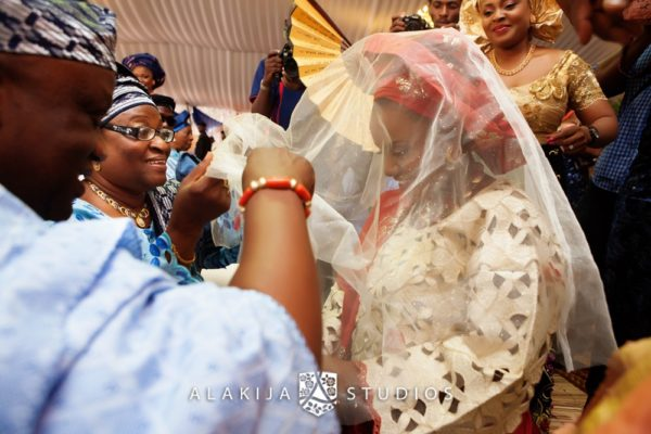 Abisoye_Lanre_Yoruba_Traditional_Engagement_Wedding_Jide_Alakija_Studios_Nigerian_BellaNaijaIMG_6960