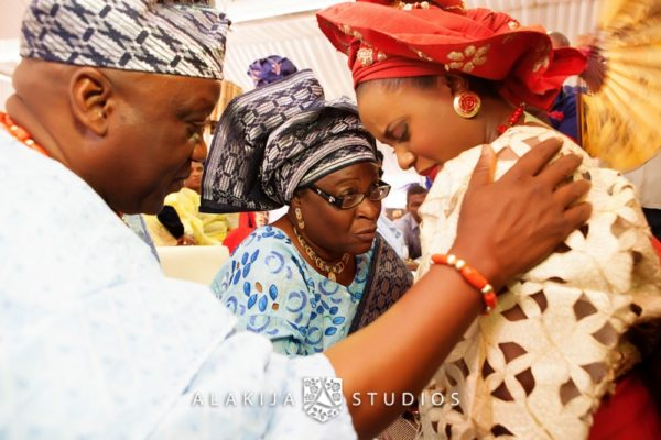 Abisoye_Lanre_Yoruba_Traditional_Engagement_Wedding_Jide_Alakija_Studios_Nigerian_BellaNaijaIMG_6977