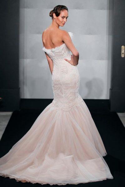Mark_Zunino_Kleinfeld_Fall_2013_BellaNaija_Bridal_Collection_Wedding_dresses_37-MZBF541