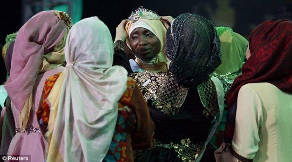 Muslimah World 2013 Obabiyi Aishah Ajibola - September 2013 - BellaNaija - 03