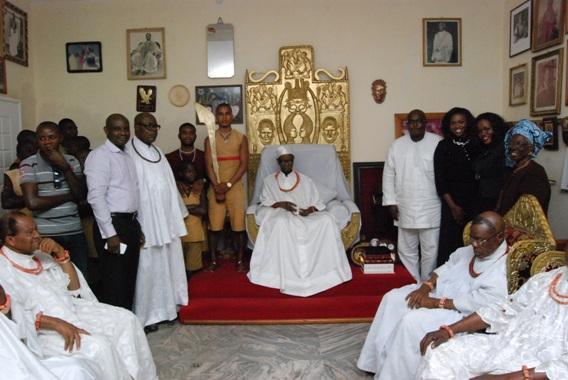 Oba Erediauwa, Prince Omoregbe Erediauwa, Waje, Oma Areh and wife of Oba