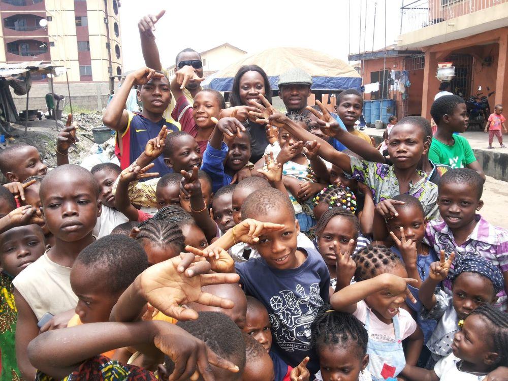 Tv Personality Ariyike Akinbobola Vocal Slender Donate Back To