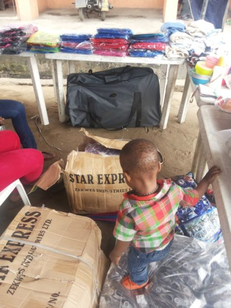 TV Personality Ariyike Akinbobola donates Back-To-School Items for Children in Ajegunle- September 2013 - BellaNaija - 024