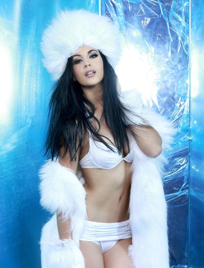 Miss Universe - Miss South Africa  - October 2013 - BellaNaija 01