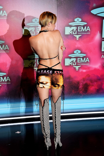 Miley Cyrus  - MTV EMA 2013 - November 2013 - BellaNaija 01