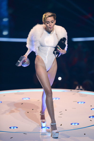 Miley Cyrus - November 2013 - Bella Naija - MTV EMAs