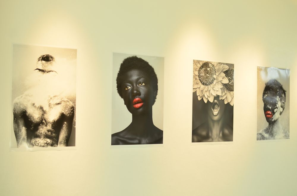 Lakin Ogunbanwo Muse Photo Exhibition - BellaNaija - December2013063
